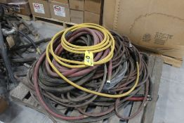 LARGE ASSORTMENT OF PNEUMATIC HOSES ON PALLET