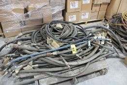 LARGE ASSORTMENT OF HYDRAULIC HOSES ON PALLET