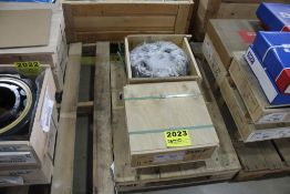 (2) SKG ROLLING CONTACT BEARING 2236NJ ECM1/C3 0451
