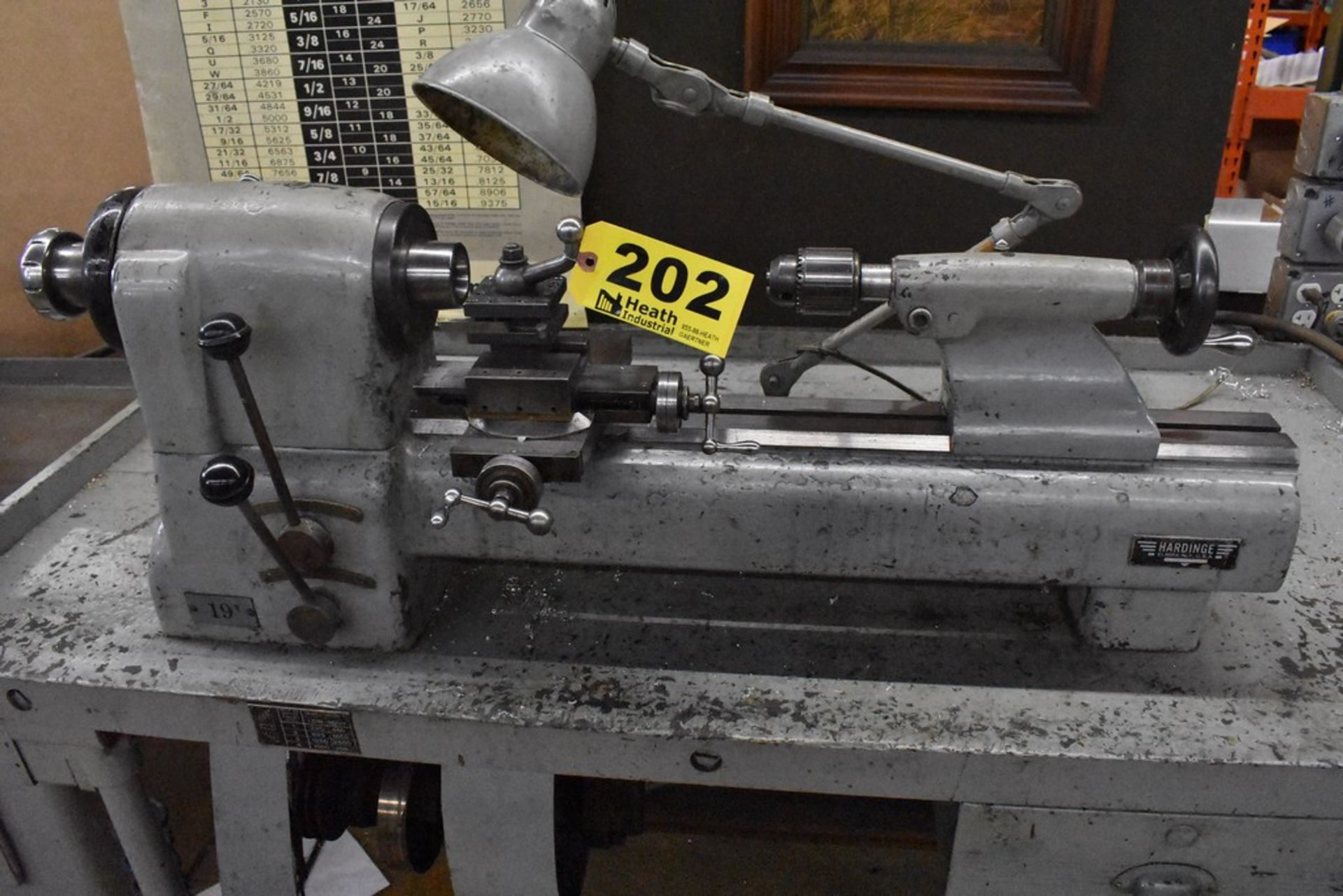 HARDINGE NO. 59 PRECISION SPLIT BED LATHE, S/N 59-16741, WITH SWIVEL COMPOUND, MOUNTED ON TABLE - Image 6 of 7