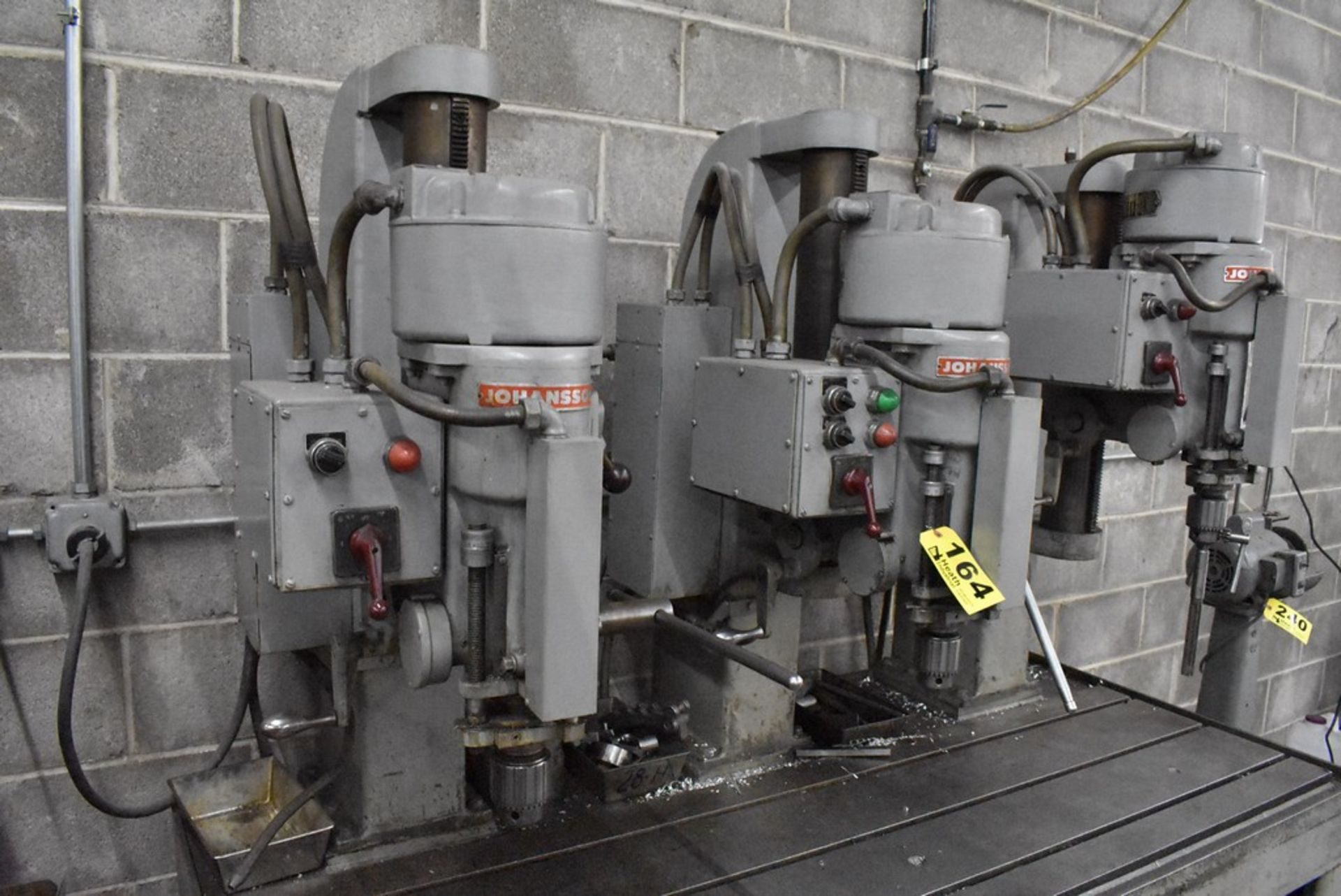 """JOHANNSEN 30"""" 3 SPINDLE DRILL, S/N 11800,11801, &11802, UP TO 1520 RPM SPINDLE, MOUNTED ON 20""""X68"""" - Image 4 of 6"""