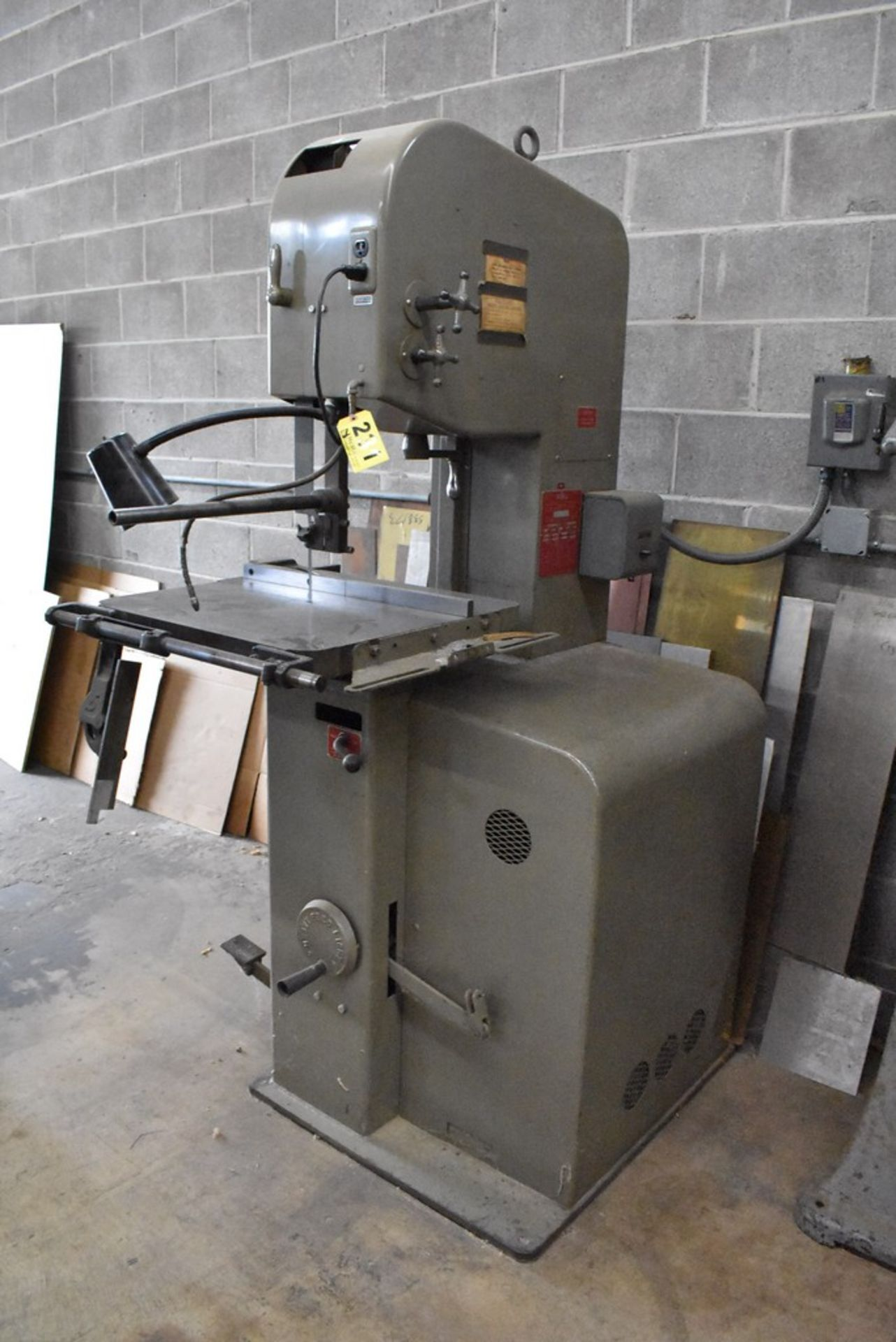 """DOALL 16"""" MODEL 1612-1 VERTICAL BAND SAW, S/N 148-681291, WITH BLADE WELDER - Image 8 of 9"""