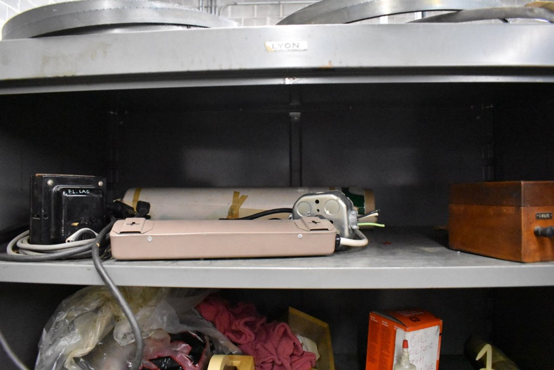 """36"""" X 18"""" X78"""" LYON TWO DOOR STEEL STORAGE CABINET WITH CONTENTS - Image 3 of 12"""