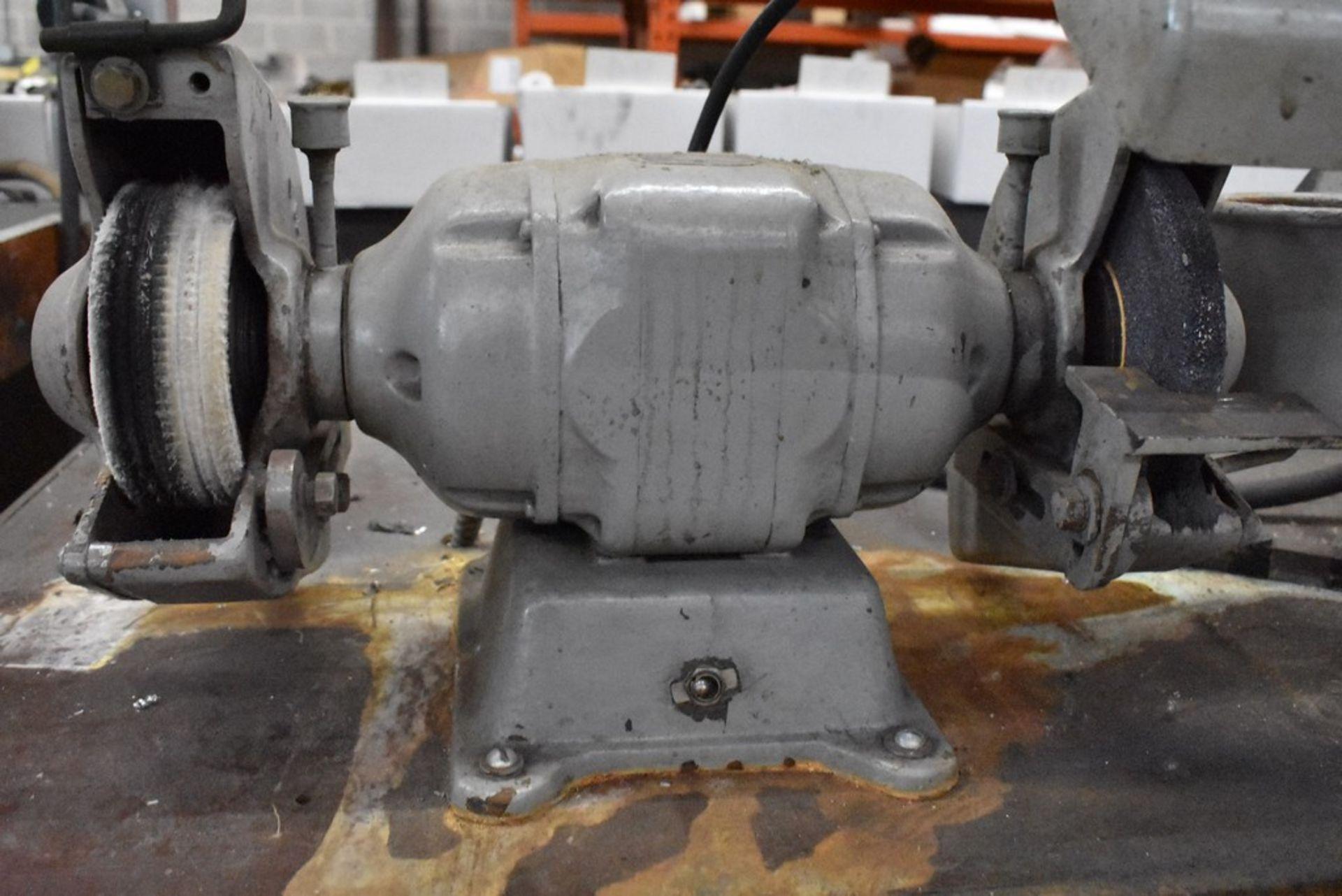 "BADLOR 1/2 HP 6"" DOUBLE END GRINDER - Image 2 of 3"