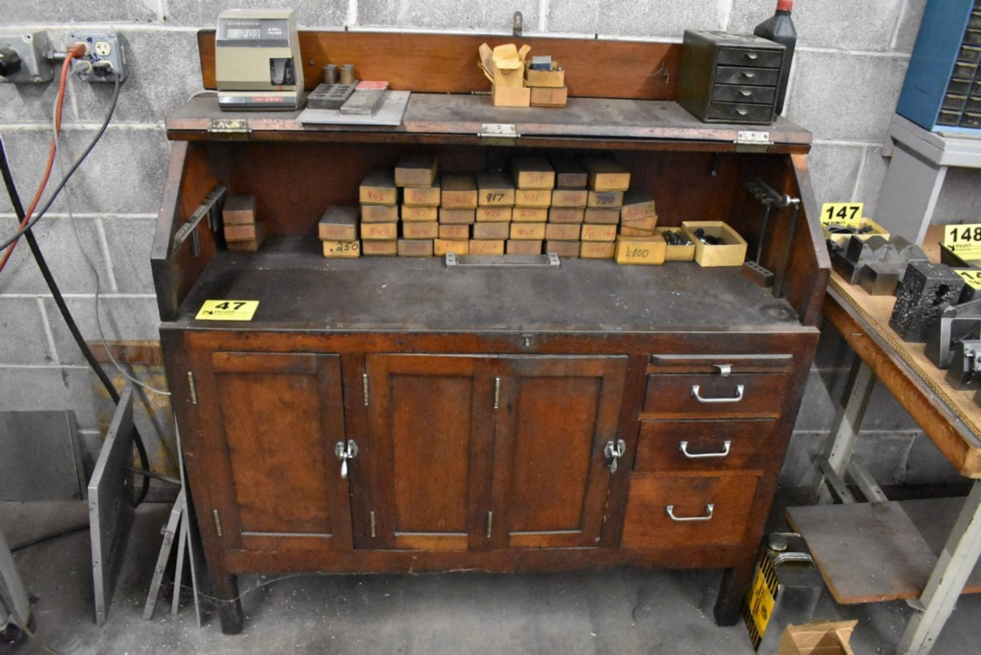MOORE VINTAGE TOOLMAKERS CABINET WITH CONTENTS - Image 2 of 2