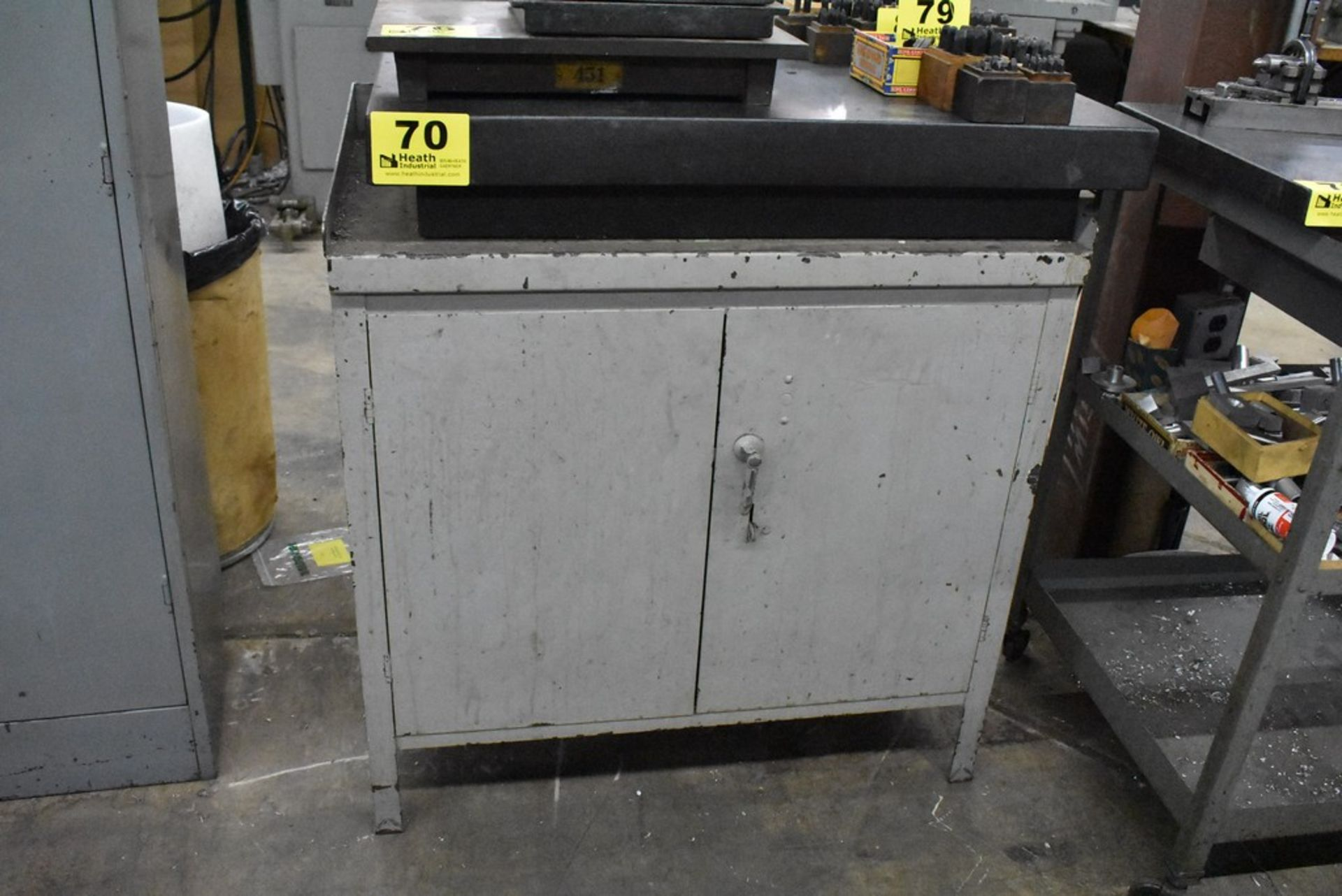 """24"""" X 36"""" FOUR LEDGE BLACK GRANITE SURFACE PLATE WITH CABINET BASE"""