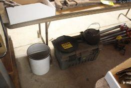 CAST IRON FRYING PAN, KETTLE & PORCELAIN POT