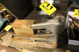 (2) BOX STAPLE GUNS WITH STAPLES