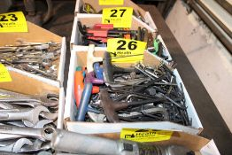 ALLEN WRENCHES IN BOX