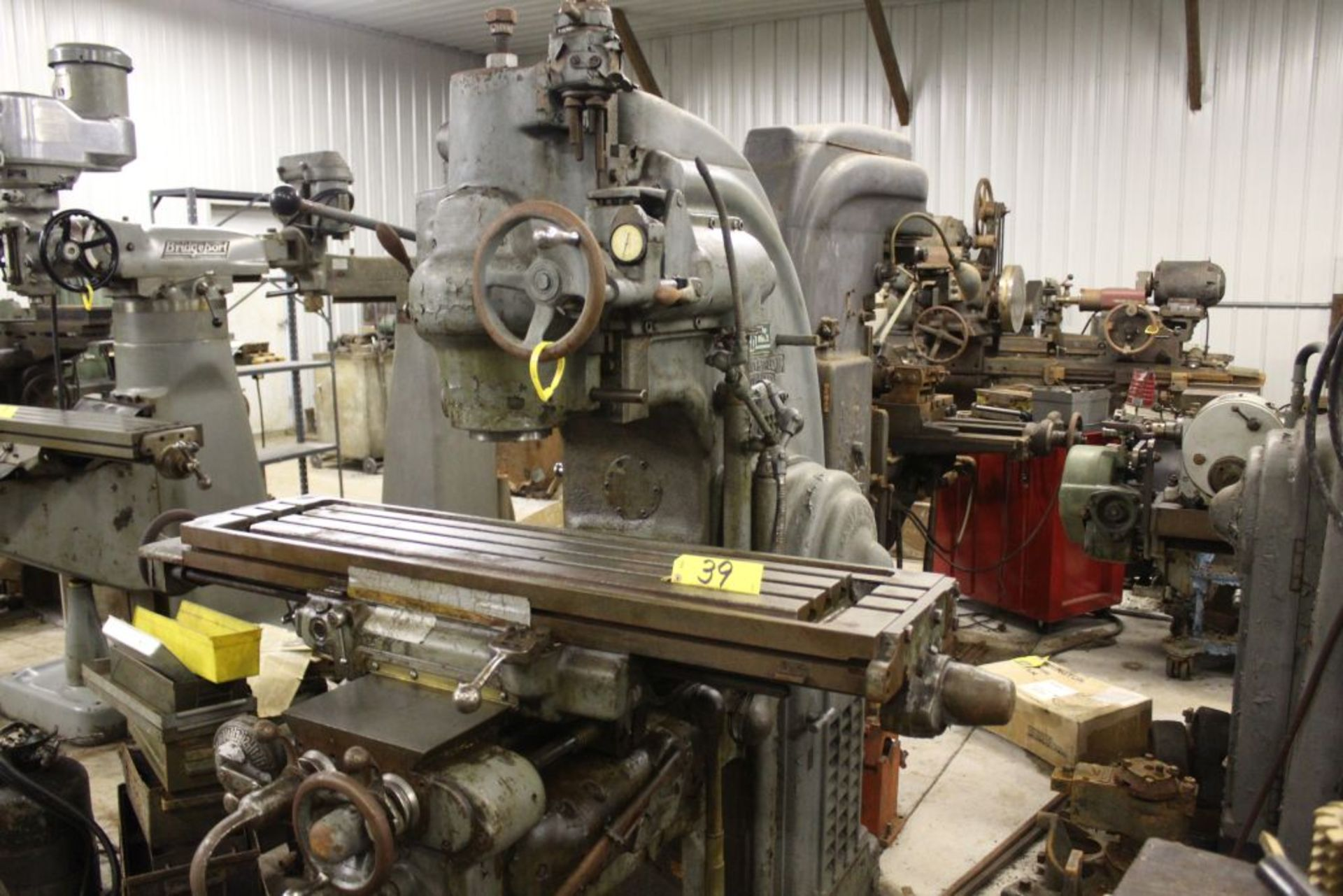 """Milwaukee K/T mill, model CH No. 2, sn 2-8910, 5 hp., 51"""" x 12"""" bed. - Image 2 of 4"""