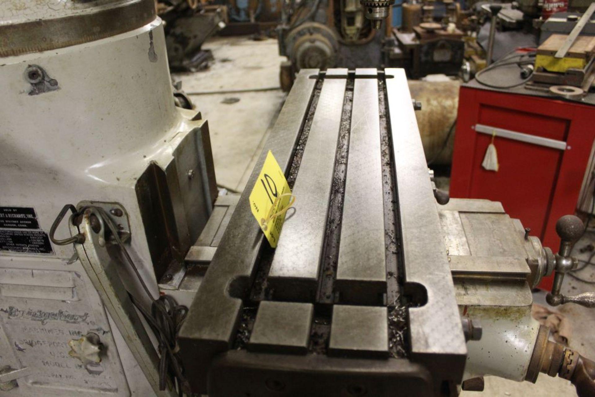 "Bridgeport mill, sn 97974, 6 speed, 9"" x 32"" bed, manual adjustments. - Image 4 of 6"
