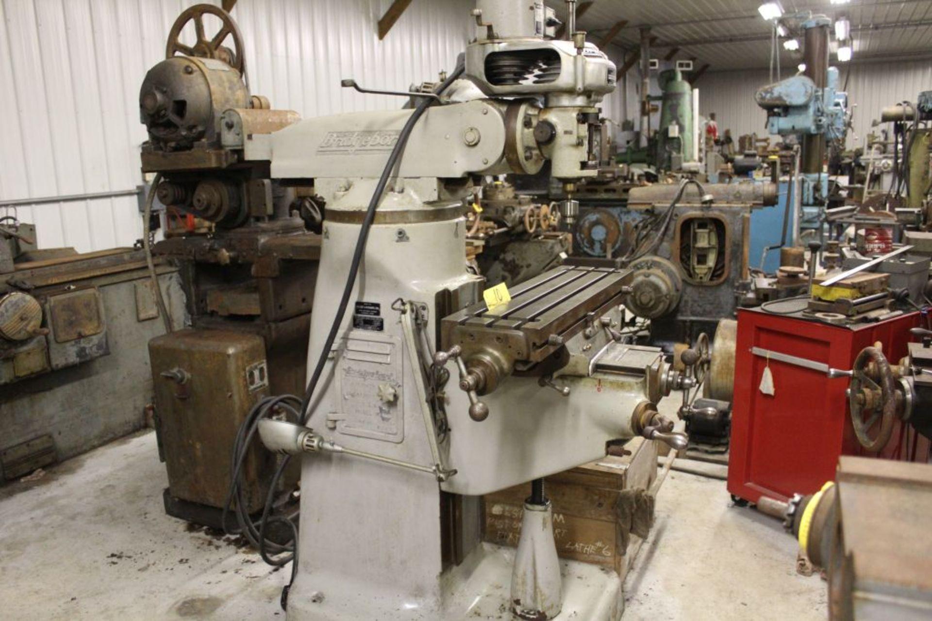 "Bridgeport mill, sn 97974, 6 speed, 9"" x 32"" bed, manual adjustments. - Image 3 of 6"