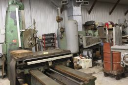 "Giddings & Lewis boring mill, No 30, 30"" x 62"" bed, 55"" height adjustment, 13"", EG&G digital read"