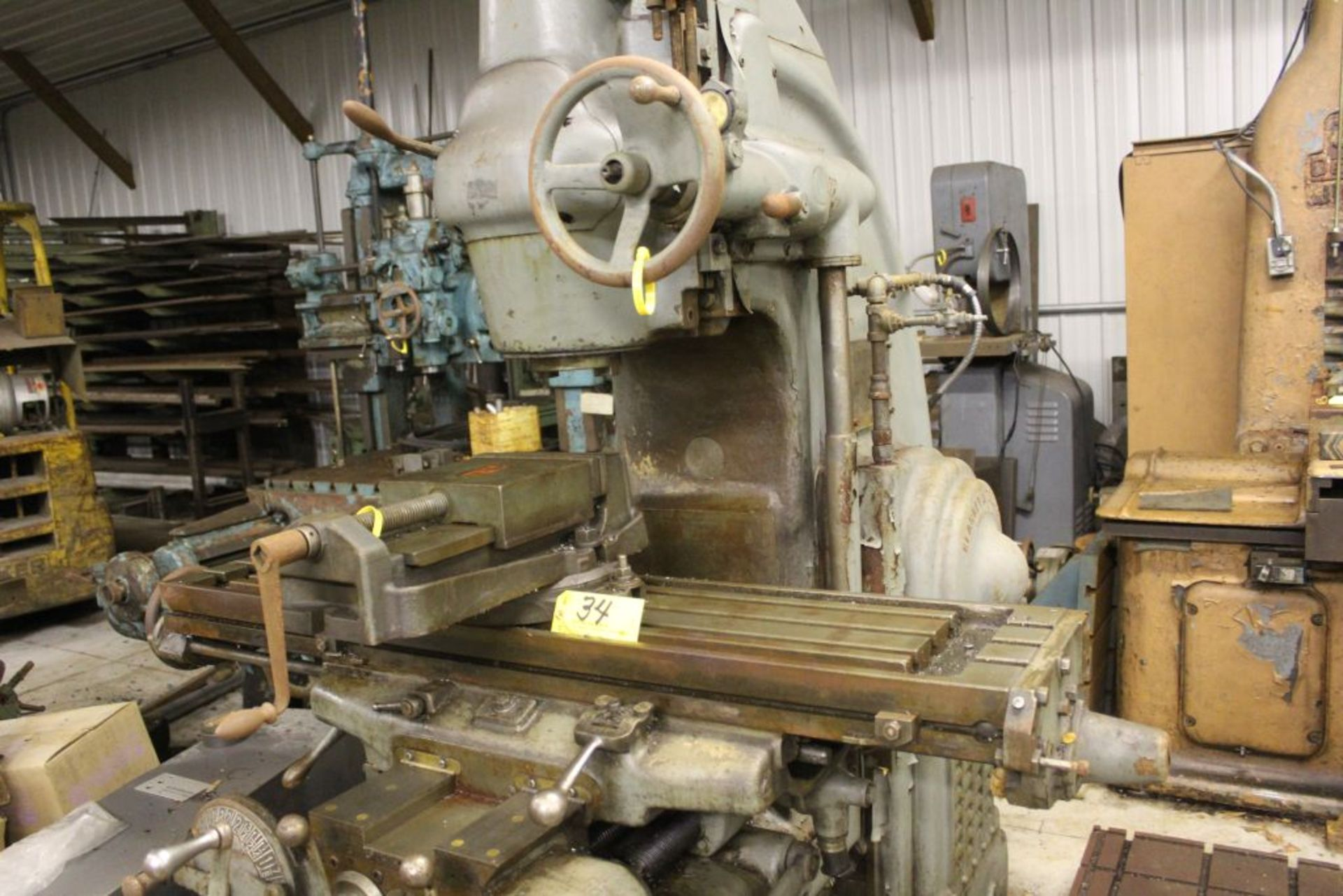 """Milwaukee mill, model K, sn 4192, 12"""" x 57"""" bed. - Image 4 of 7"""