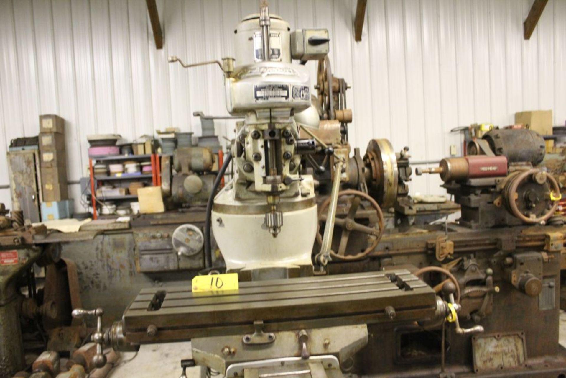 "Bridgeport mill, sn 97974, 6 speed, 9"" x 32"" bed, manual adjustments. - Image 2 of 6"