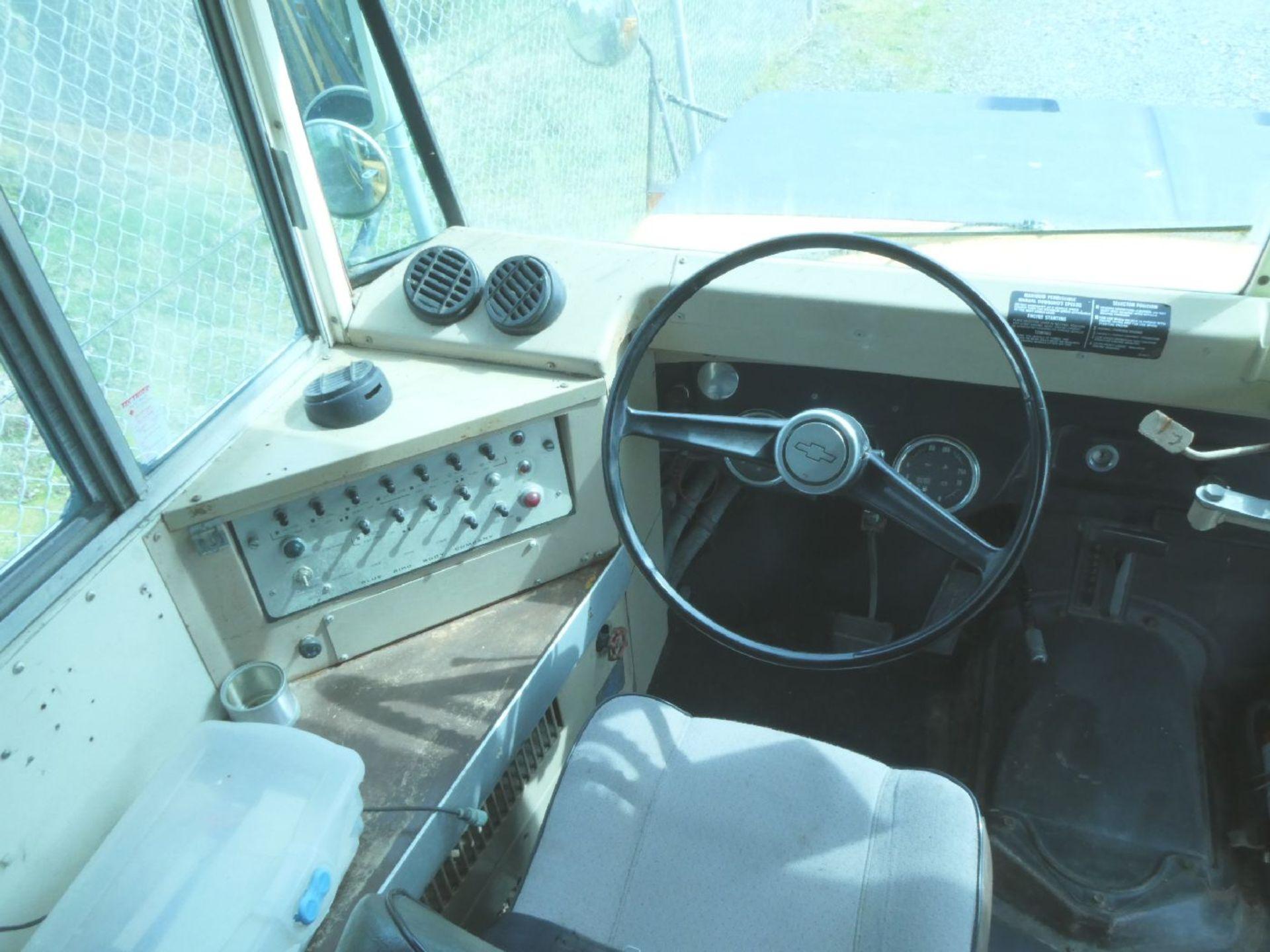 BlueBird School Bus - Image 3 of 4