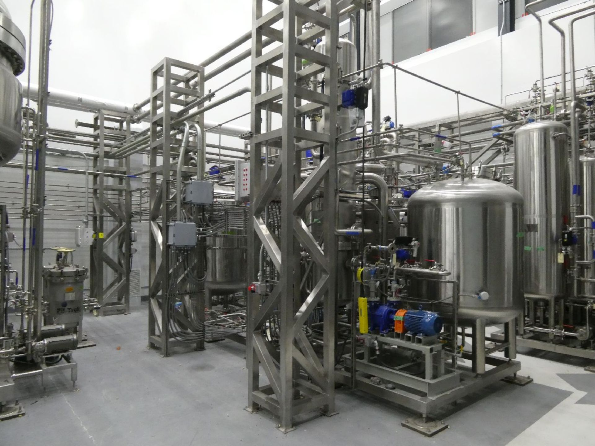 ROTAX Closed Loop Solvent Based Continuous Oil Extraction System - Image 20 of 68