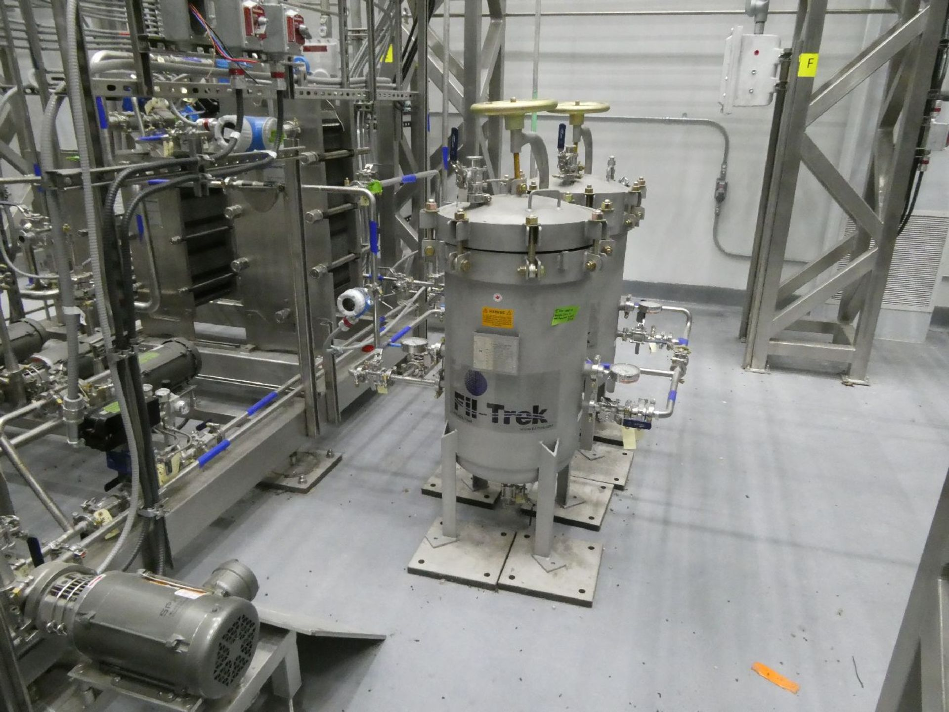 ROTAX Closed Loop Solvent Based Continuous Oil Extraction System - Image 16 of 68
