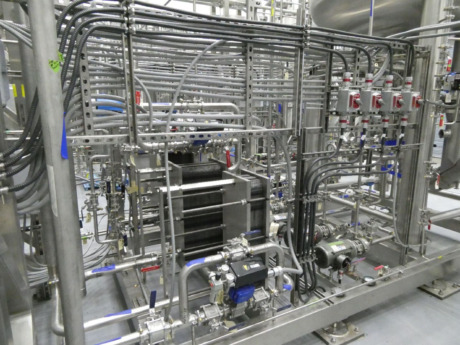 ROTAX Closed Loop Solvent Based Continuous Oil Extraction System - Image 14 of 68