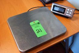 "Tree 200lb. Capacity Bench Top Digital Scale S/N: 17050025 w/14"" x 16"" S/S Platform, Tree Digital Di"