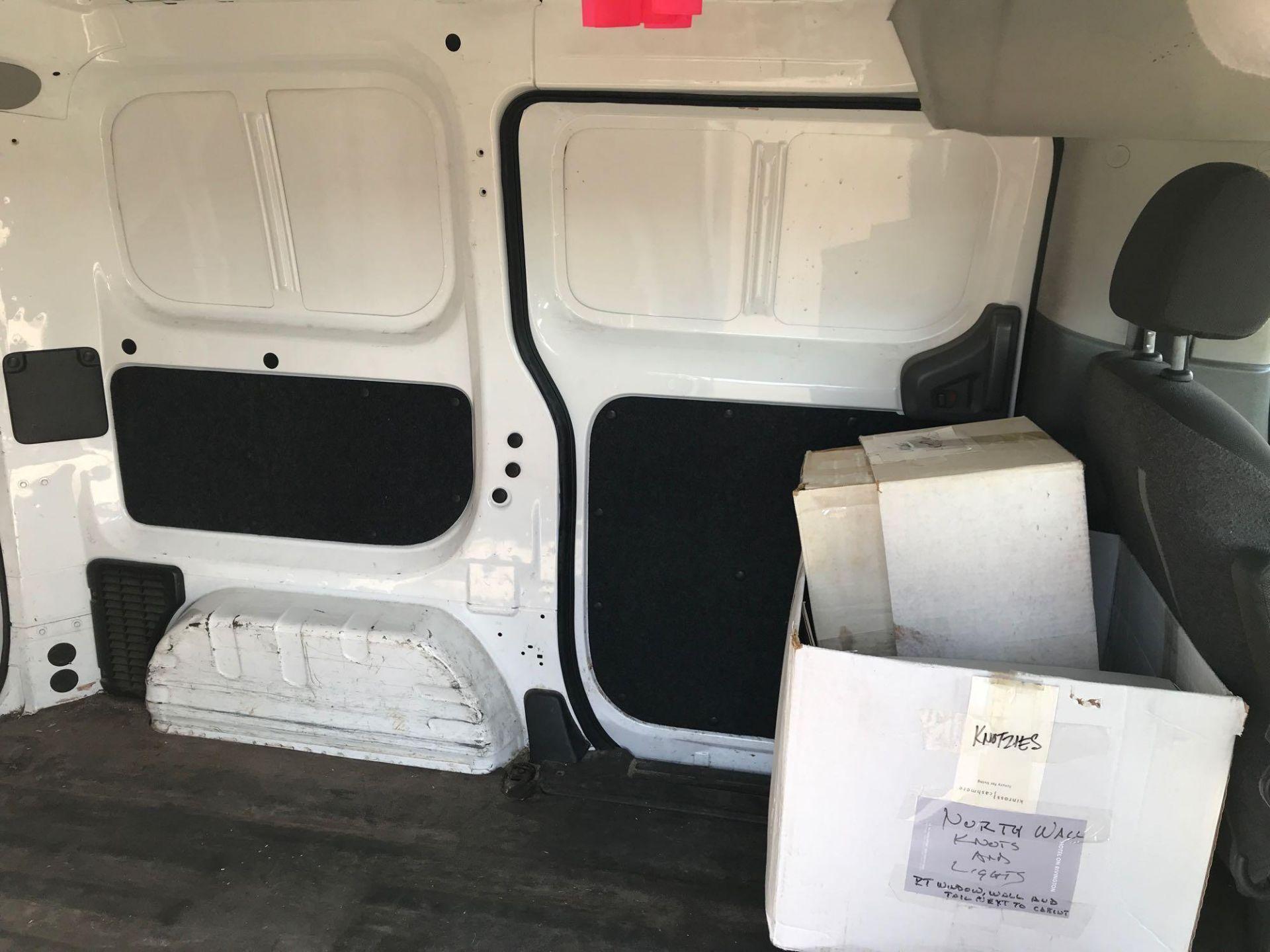 2013 Nissan NV200 Delivery Van - Image 27 of 54