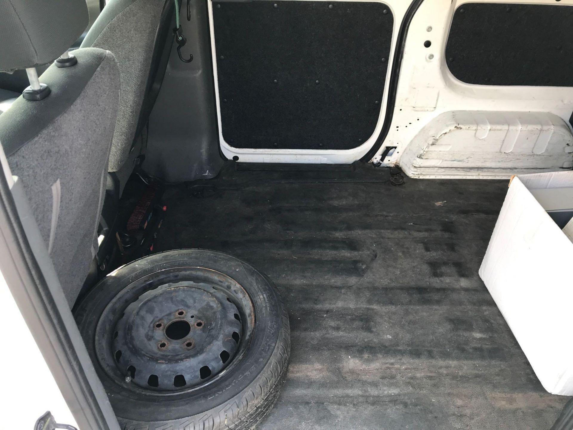 2013 Nissan NV200 Delivery Van - Image 32 of 54