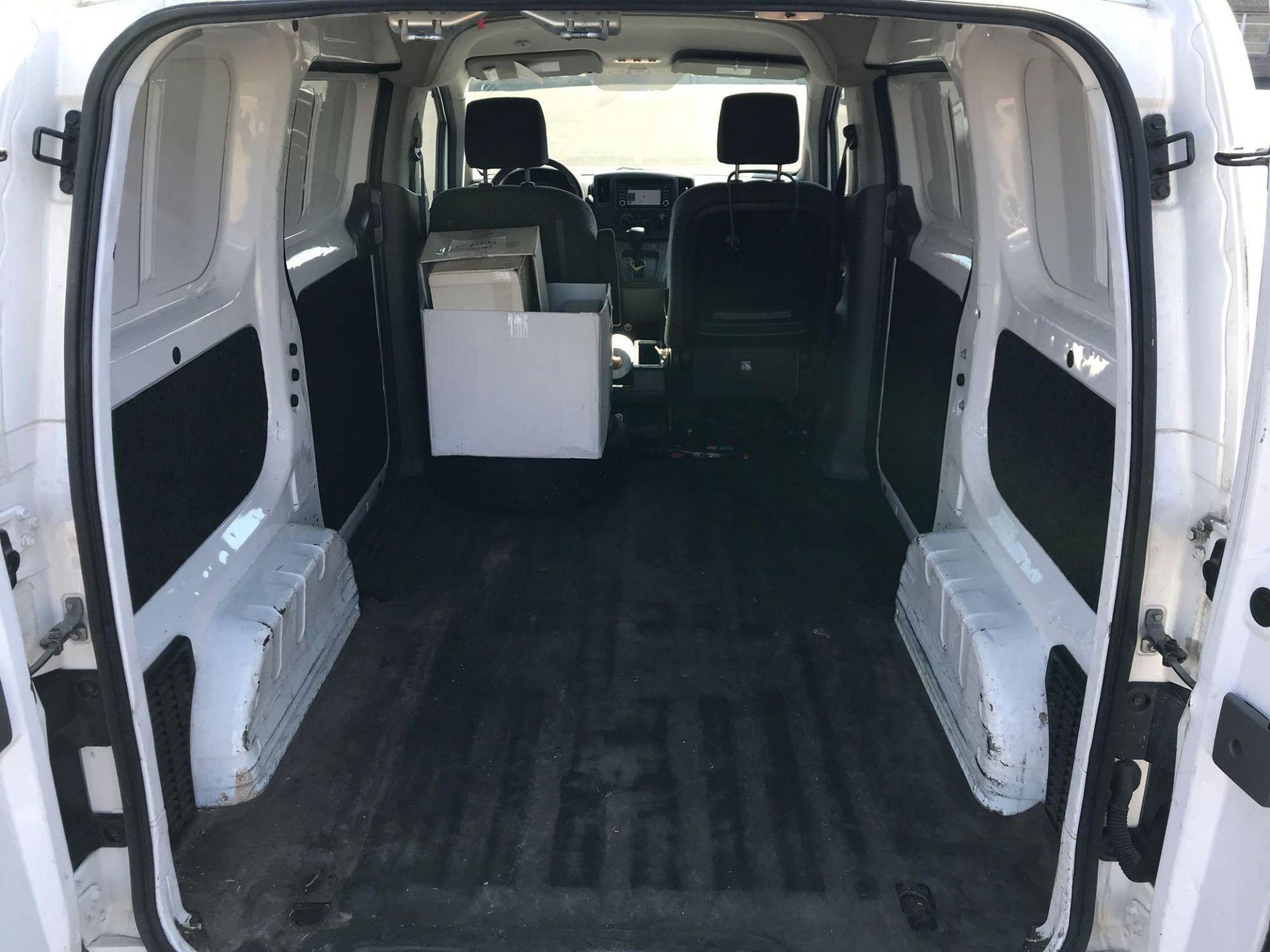 2013 Nissan NV200 Delivery Van - Image 29 of 54