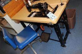 Singer sewing machine w/ table s/n AF016451