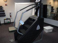 StairMaster SM916 Stair Master Machine S/N: 150001DAY124600015 (est.)