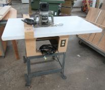 Porter Cable Mod.6518 3-1/4HP Five Speed Router w/ Table