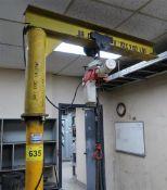 SWIVEL CRANE JIB BOOM W/KITO 240 KGS ELECTRIC HOIST W/STEEL WORK TABLE AND VISE