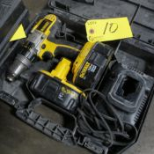 DEWALT DCD950 CORDLESS DRILL W/ (2) 18V BATTERIES, CHARGER AND CASE