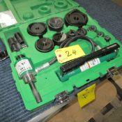 GREENLEE SLUG BUSTER 7310SB/38520 KNOCKOUT KIT W/ HYDRAULIC PUMP AND RAM