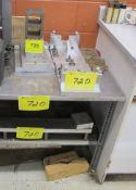 ALUMINUM PLATE TOP TABLE W/ SETUP BLOCKS AND (5) RISER BLOCK STANDS