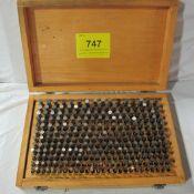 M2 PIN GAUGE SET, .251-.500