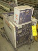 HOBART FABSTAR 4030 WELDER W/ HOBART 17 WIRE FEEDER AND CART