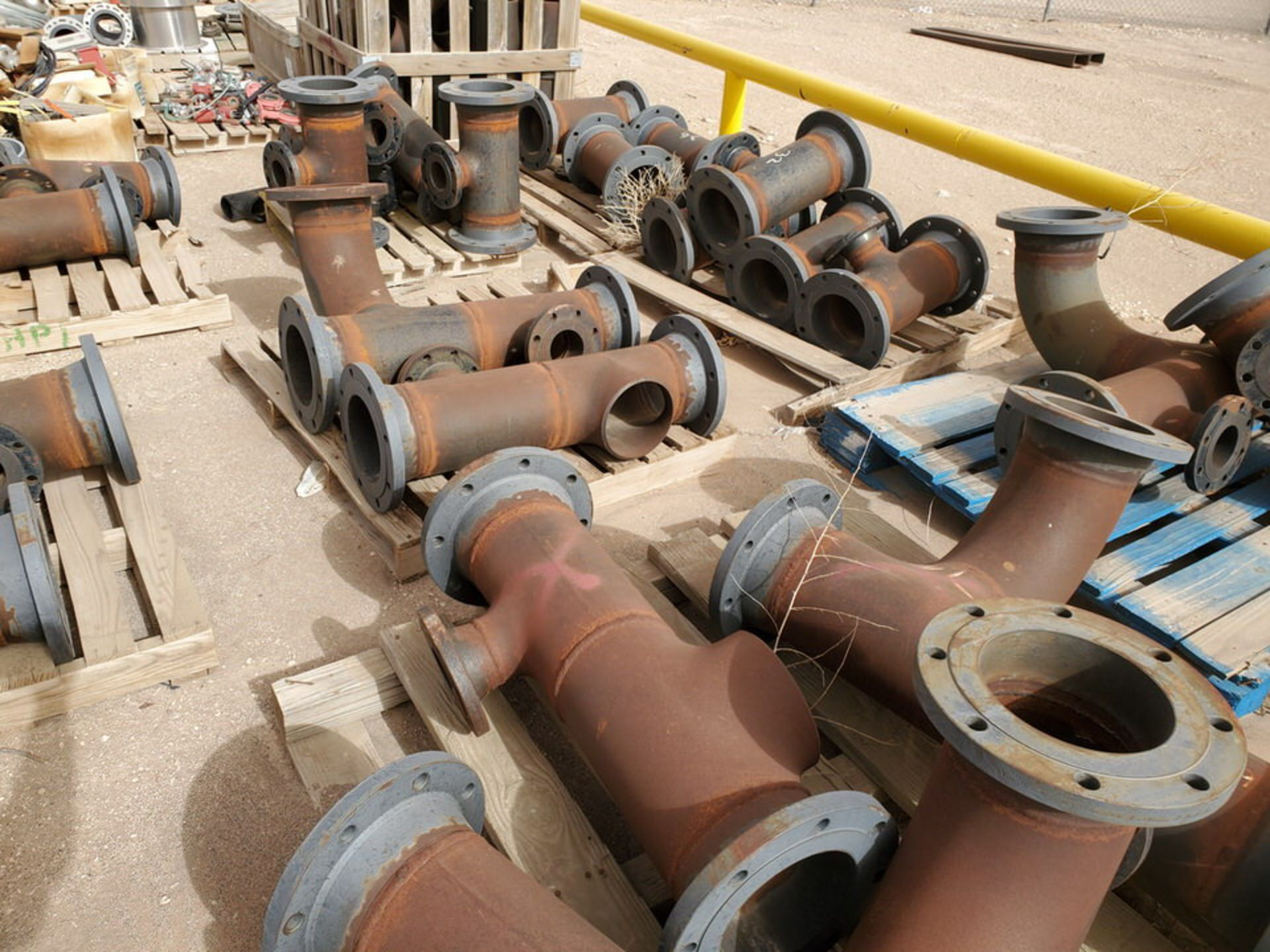 """(29) Flanged Pipe 22"""" - 82""""L - Image 10 of 15"""