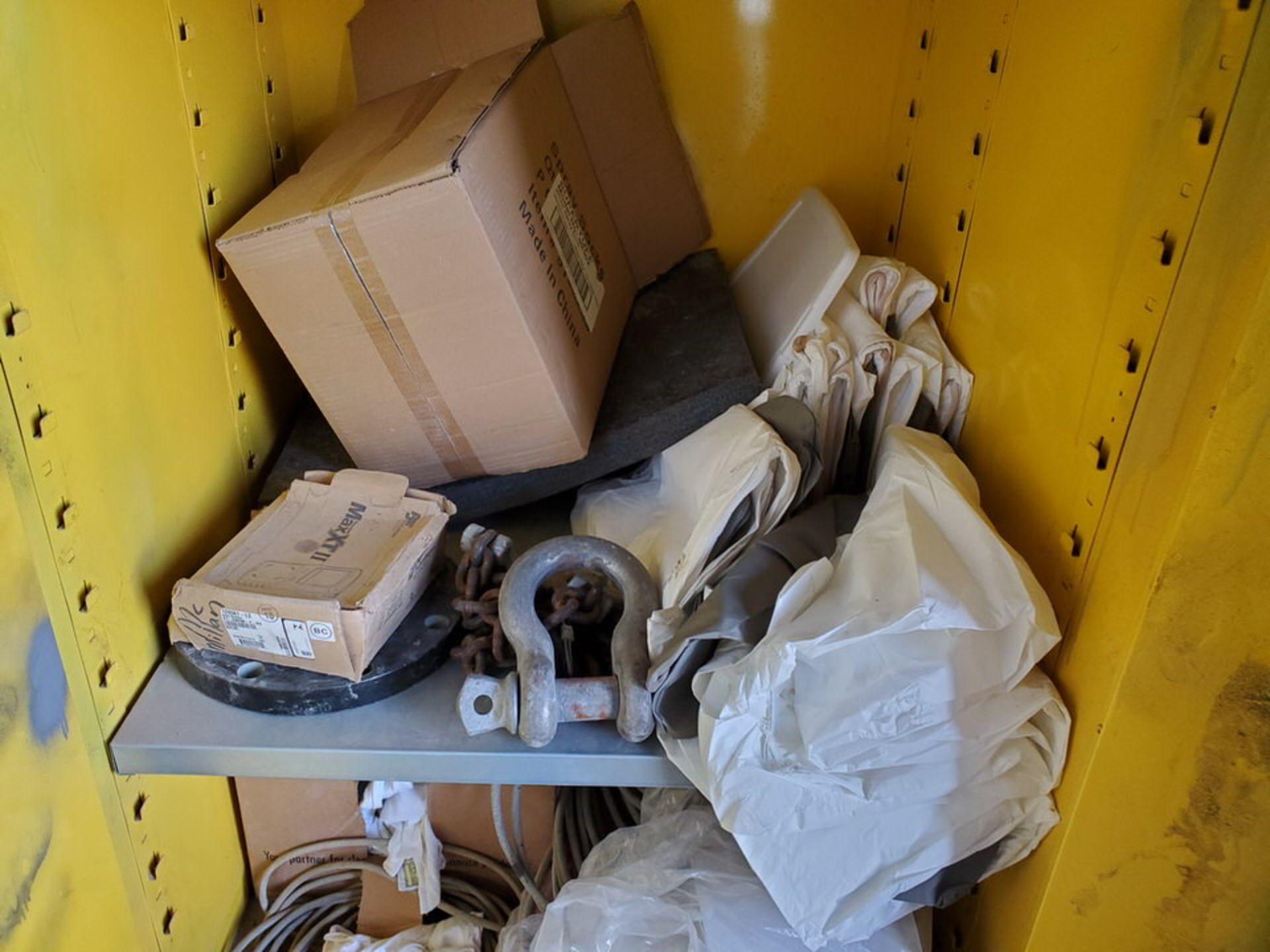 (2) Metal Storage Lockers To Include But Limited To: Lubricants & Paints, Assorted Fittings, Air - Image 3 of 9