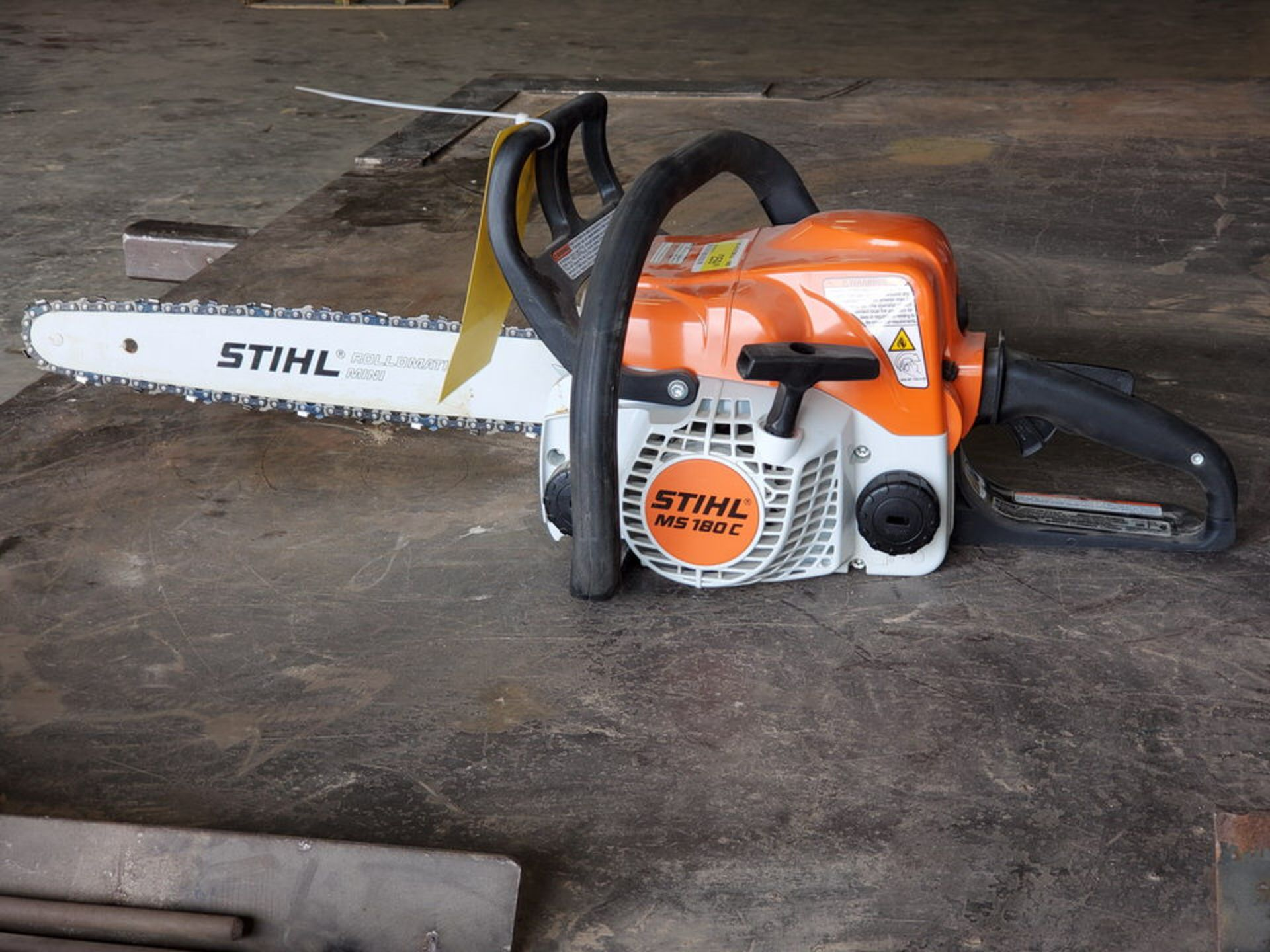 """Stihl 16"""" Gas Powered Chain Saw - Image 4 of 4"""