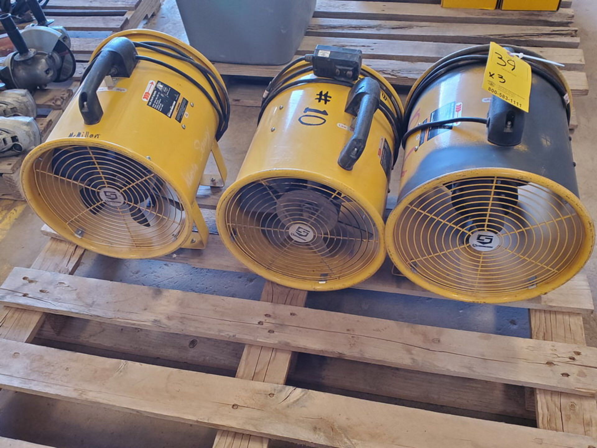 """Strongway (3) 12"""" Utility Blowers 120V, 430W, 1300RPM, 60HZ, 3.8A - Image 2 of 4"""