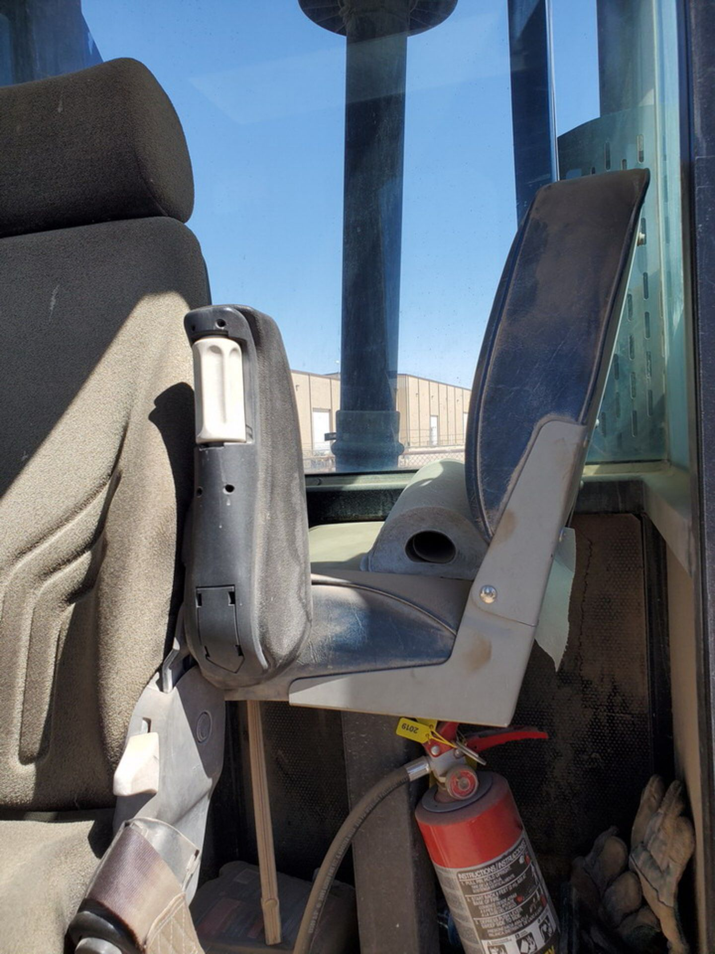 2012 Brute Lift BT40-48 Forklift 40H Cap., Engine Hrs: 3,389.3 - Image 15 of 17
