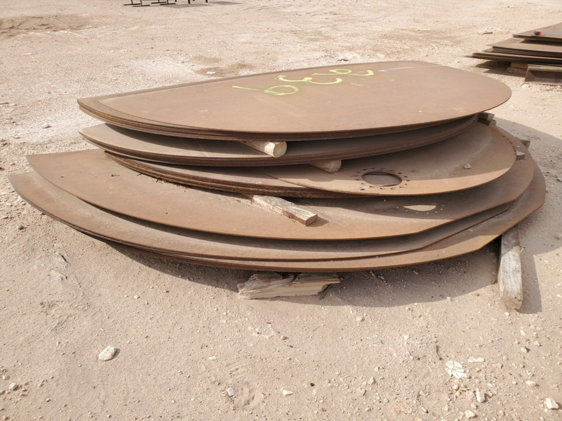 API Tank Bottoms Size Range: 10'-11'W - Image 9 of 10