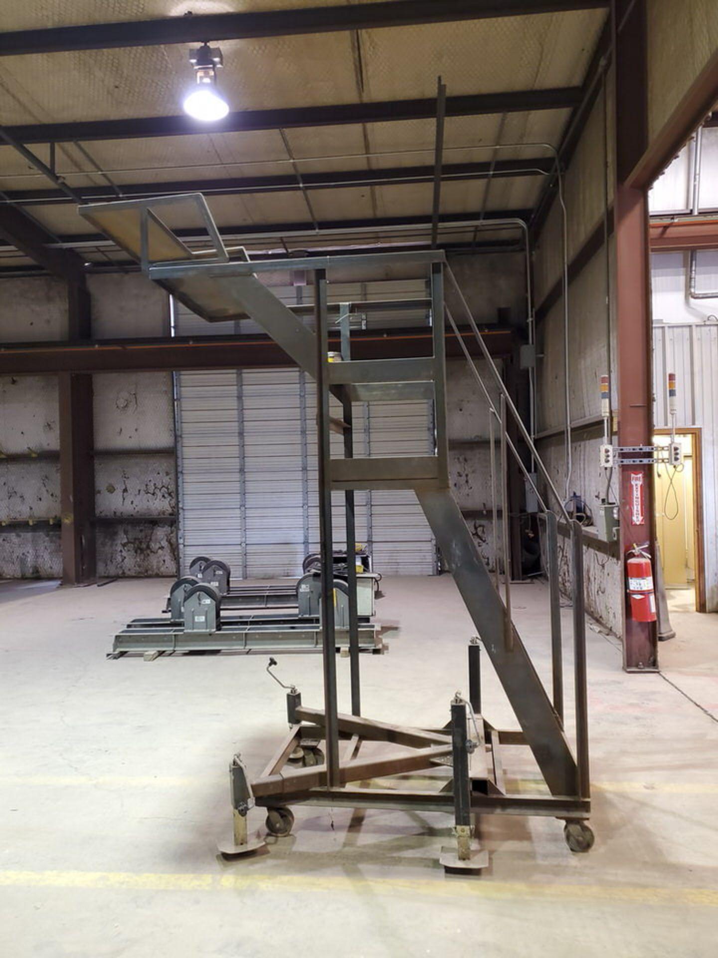 """Stl 4-Step Roling Platform Ladder 6' x 4'6"""" x 10'H; 7K Cap. - Image 4 of 8"""