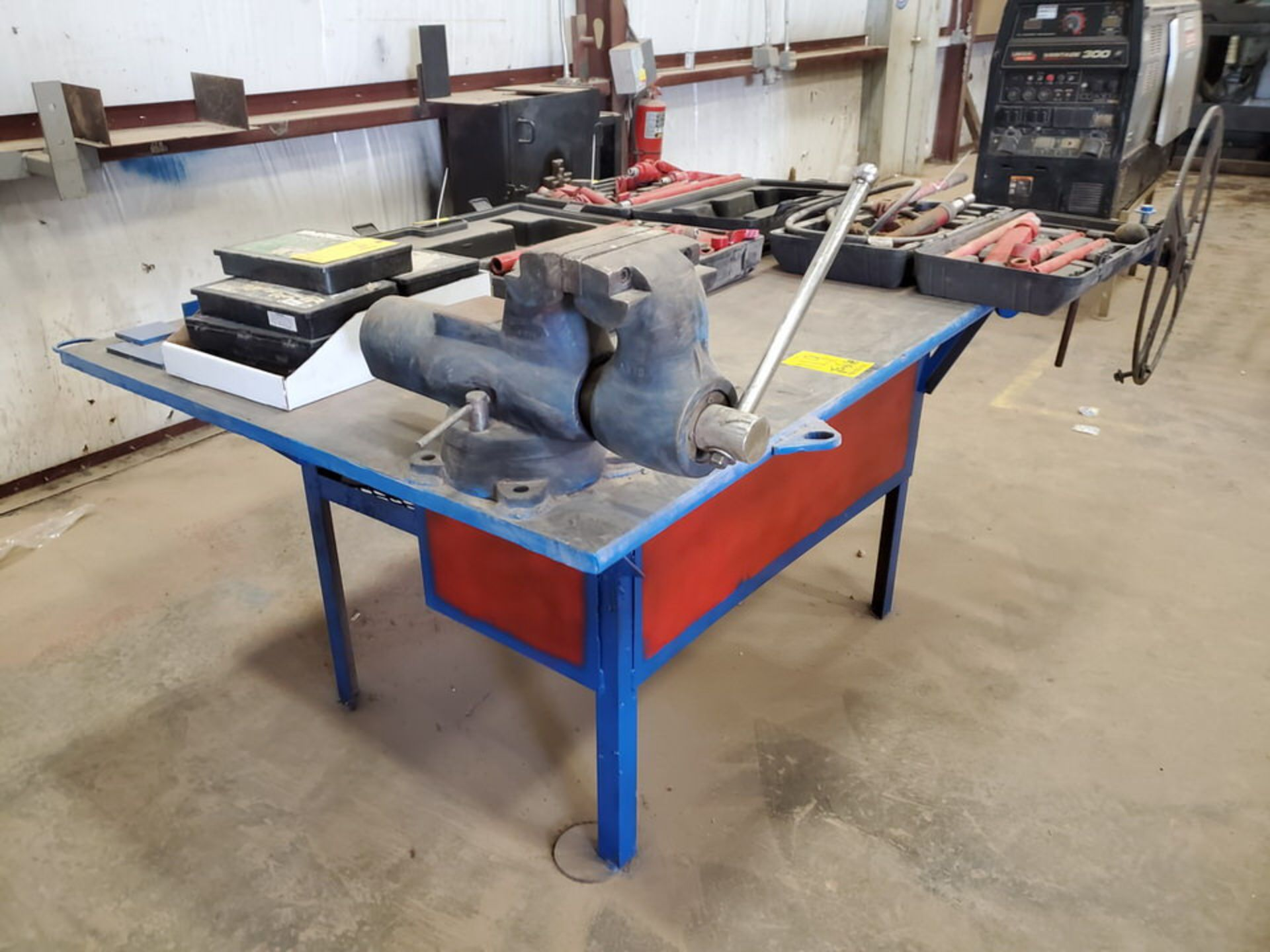 "Stl Welding Table W/ 6"" Vise 48"" x 70"" x 35""H (Material Excluded)"