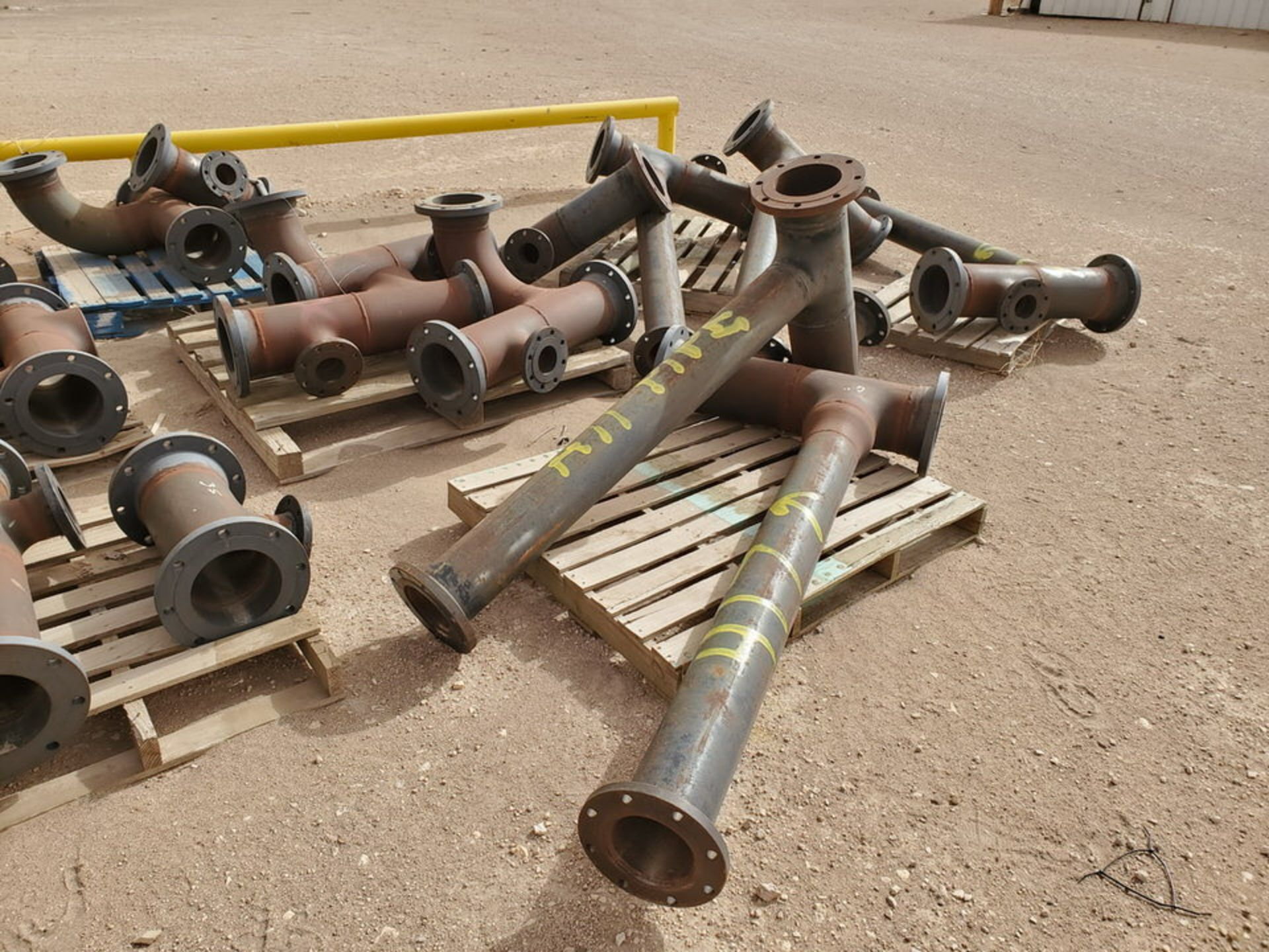 """(29) Flanged Pipe 22"""" - 82""""L - Image 6 of 15"""