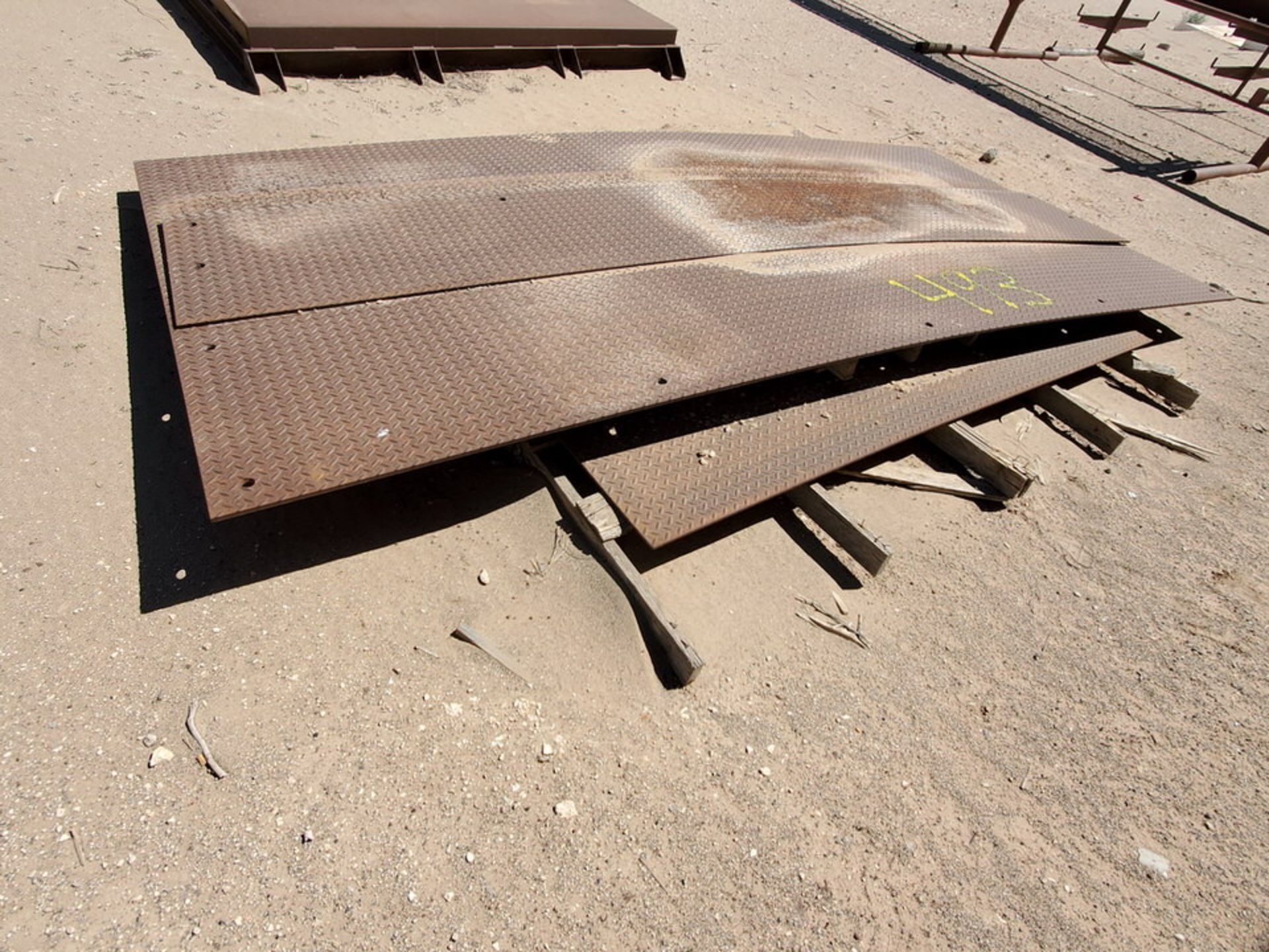 Floor Plates Size Range: 13'L, 2' - 6'W