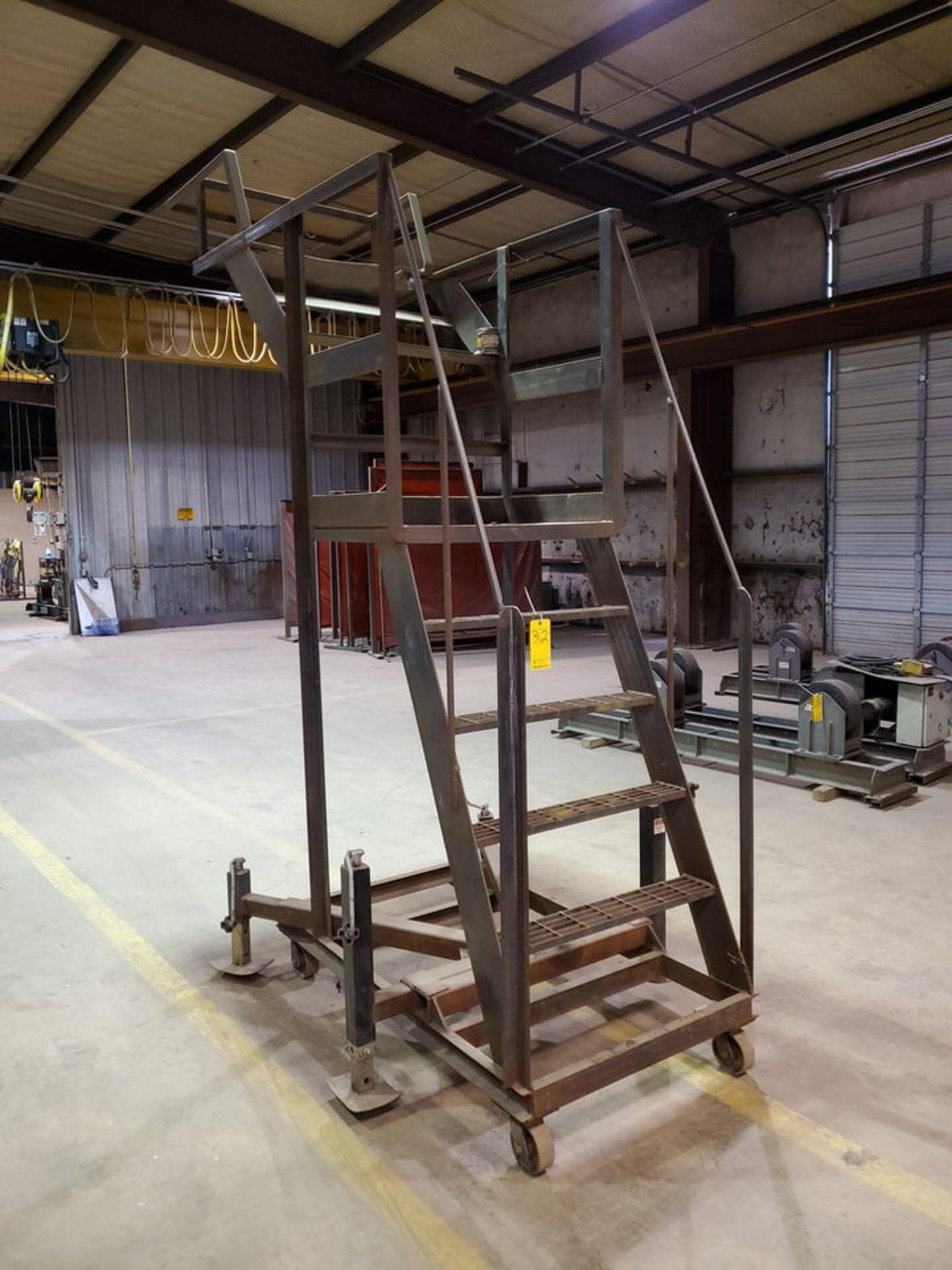 """Stl 4-Step Roling Platform Ladder 6' x 4'6"""" x 10'H; 7K Cap. - Image 3 of 8"""