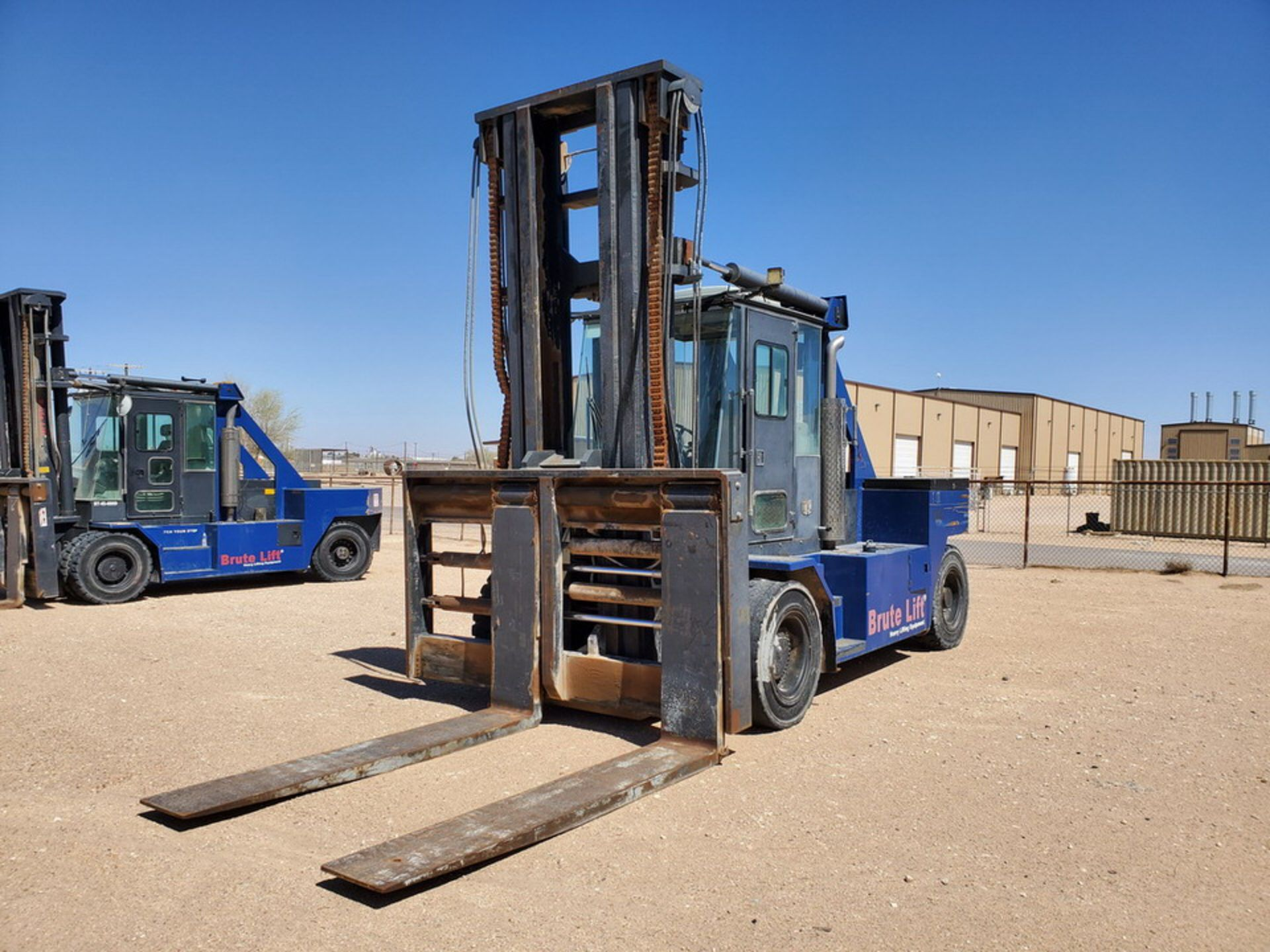 2012 Brute Lift BT40-48 Forklift 40H Cap., Engine Hrs: 3,389.3 - Image 2 of 17