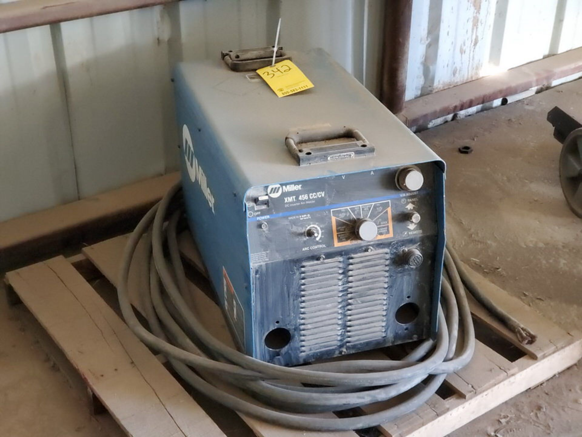 Miller XMT 456 Multiprocessing Welder 230/460V, 50.8/27.8A, 3PH, 60HZ - Image 2 of 5