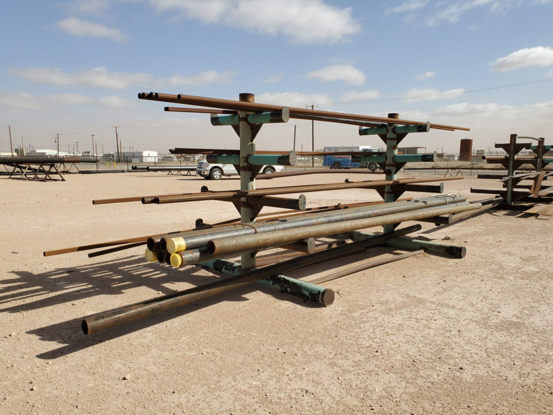 """(25) Pipe, Sq. Tube & Other D: 1-1/2""""-4""""; L: 15'-21'; W/ Racks"""